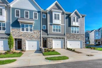 Sarah Bice Associates Real Estate, LLC - Service Beyond Amazing