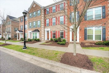 1917 Old Brick Road,Glen Allen, VA 23060-5833